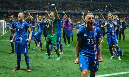 Iceland's players celebrate the Euro 2016 win over England in Nice