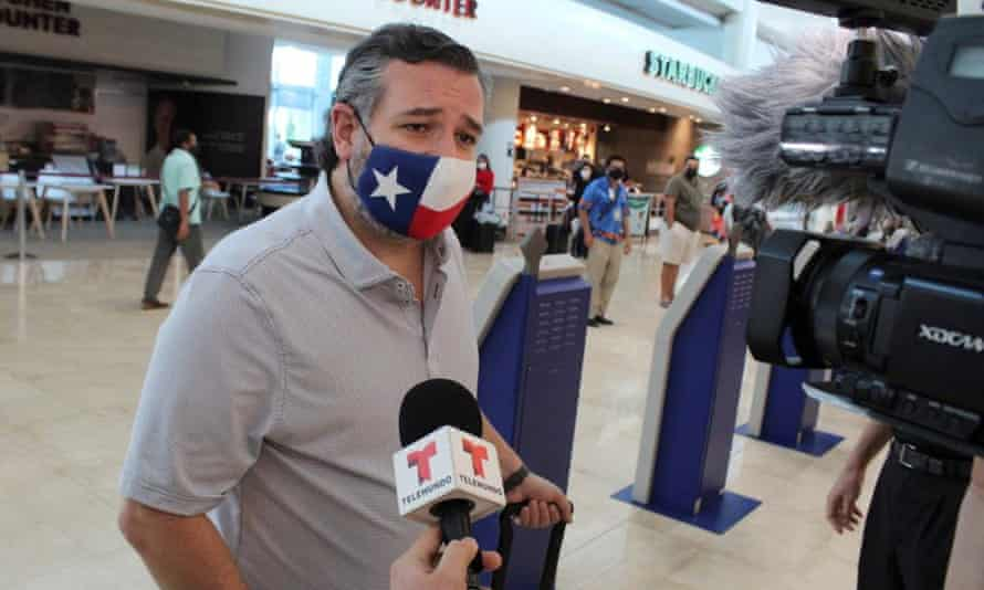 Ted Cruz speaks to the media at the Cancun International Airport before boarding a plane back to Texas