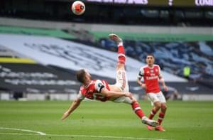 Mustafi attempts an overhead kick.