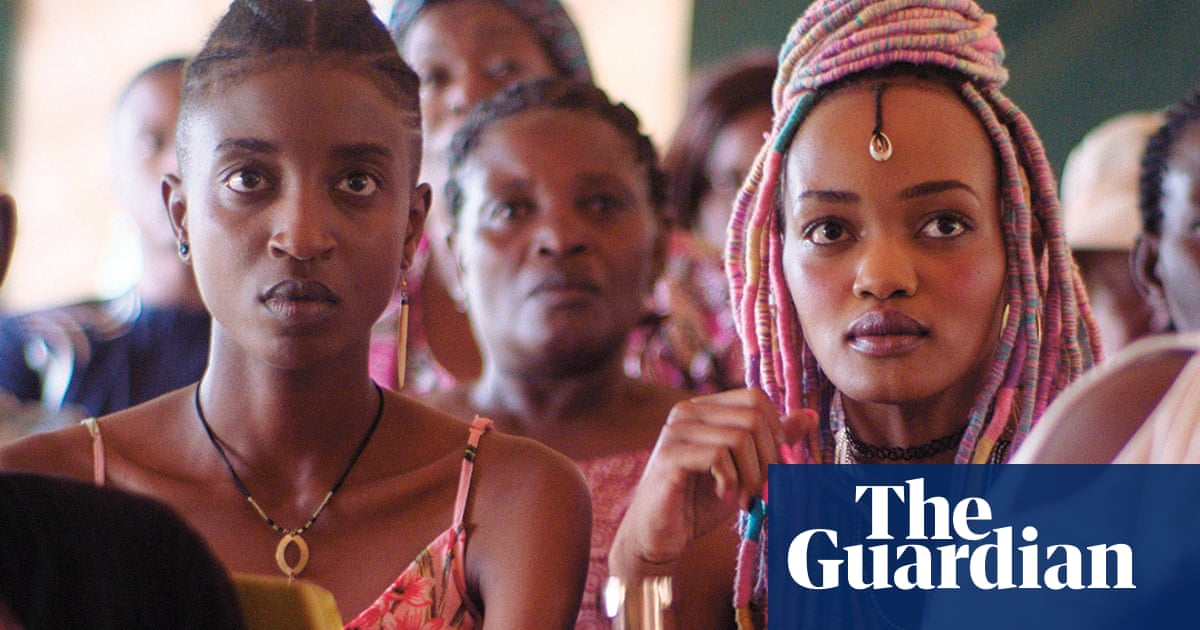 Director of banned Kenyan film about lesbian romance sues government