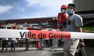 Geneva to introduce minimum wage of £3,500 a month