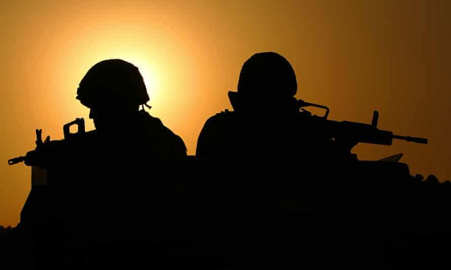 British troops patrol Shaibah logistics base, southern Iraq in 2005