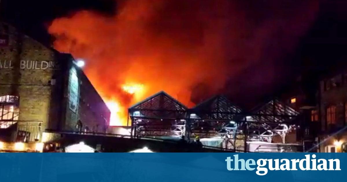 Risultati immagini per Camden Lock Market: firefighters battle large blaze in London