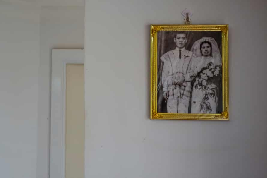 عکس عروسی در خانه حسین واه