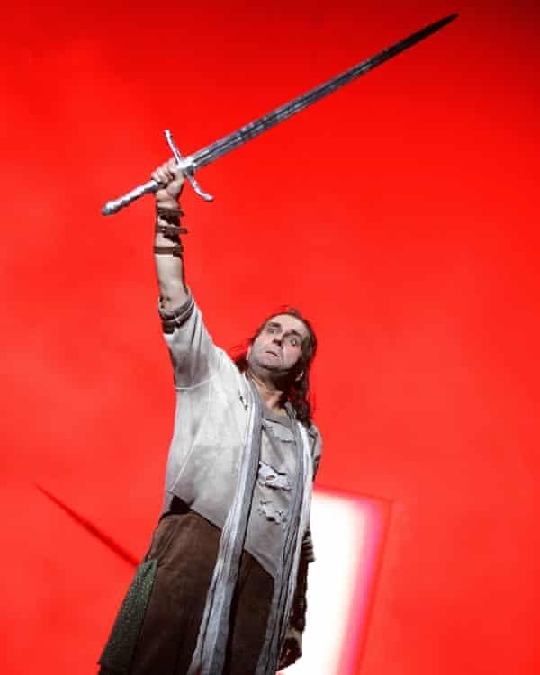 John Treleaven como Siegfried na Real Casa de Ópera, Outubro de 2005.