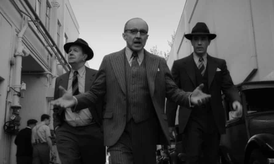 The Kane gang … (l-r) Gary Oldman as Herman Mankiewicz, Arliss Howard as Louis B Mayer and Tom Pelphrey as Joe Mankiewicz in Mank.