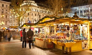 Budapest Christmas Market 2018.Budapest S Christmas Markets Winter Made Cosy And Cool
