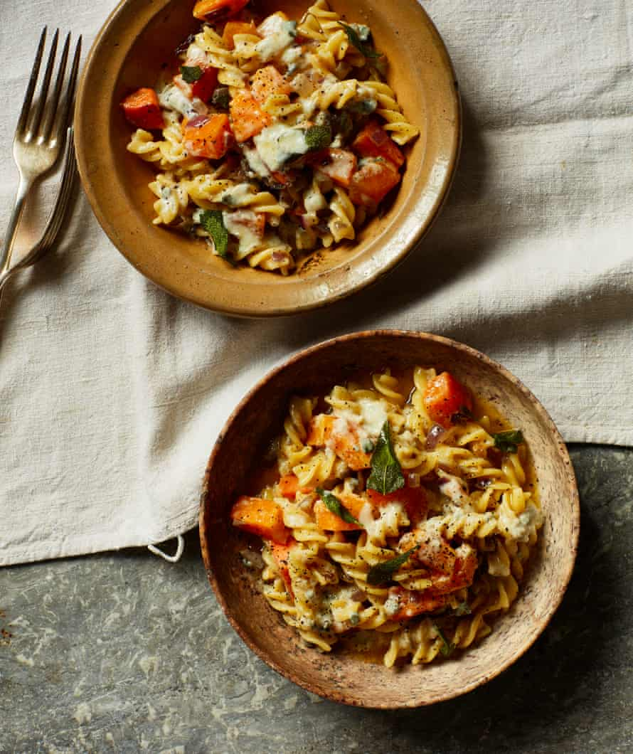 Rachel Roddy S Work From Home Pasta Lunch Recipes Pasta The Guardian