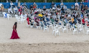 A socially-distanced performance of Electra by theatre company Noite Bohemia on the beach of San Amaro in A Coruña, Spain.