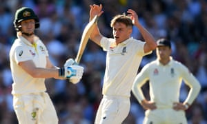 Exasperation for Sam Curran after Steve Smith is dropped by Joe Root but the Surrey all-rounder made an impact on his return to England's attack.