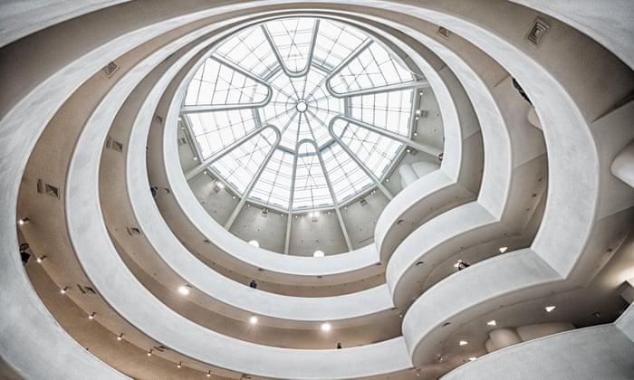 ニューヨーク、グッゲンハイム美術館の建物内