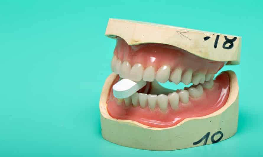 A close-up photo of dentures.