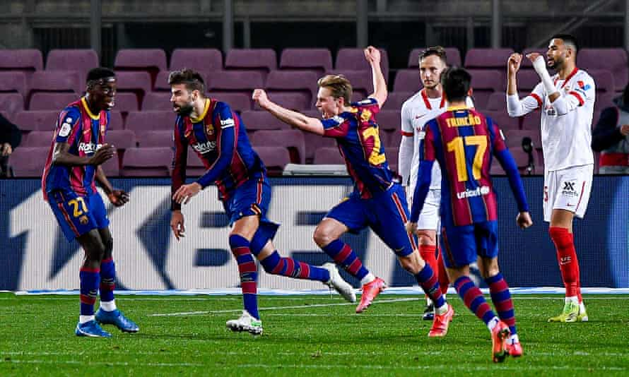 Gerard Piqué celebrates scoring Barcelona's second goal with the last kick of normal time to set up a memorable win in the Copa del Rey semi-final.