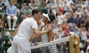 Jamie Murray and Heather Watson congraulate each other at the net.
