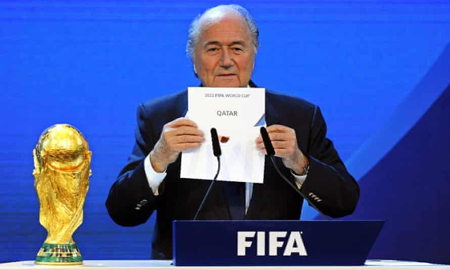 سپ بلاتر ، رئیس وقت فیفا ، در دسامبر 2010 اعلام کرد که قطر میزبان جام جهانی 2022 است.