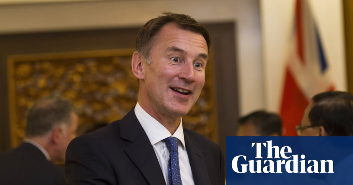 'Don't mistake British politeness for weakness', Jeremy Hunt tells EU