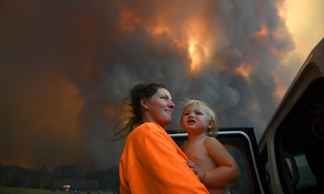 300 new blazes across New South Wales on Tuesday and a dozen homes damaged – as it happened