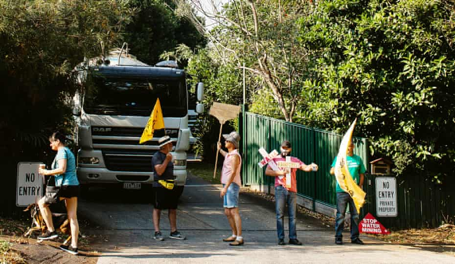 Tamborine Mountain residents protest against commercial water extraction