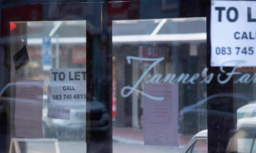 A 'to let' sign in the window of a restaurant in Cape Town