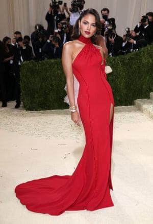 The ever stunning Eiza Gonzalez wearing red Versace