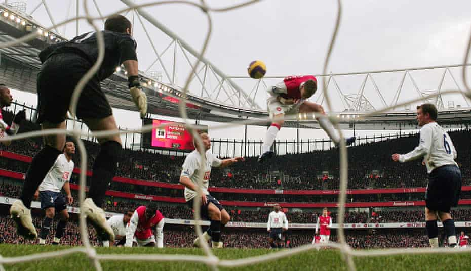 Bendtner comes off the bench to score Arsenal's winner against Tottenham in December 2007, his first Premier League goal.
