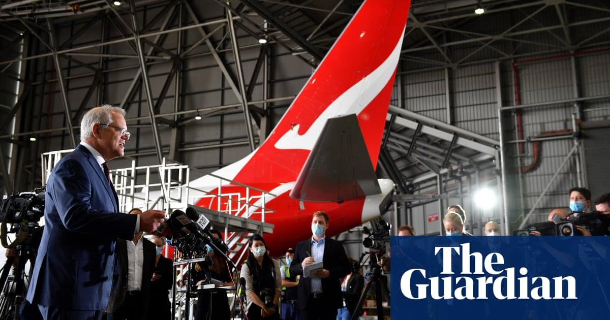 Australia to allow travel from Singapore as Qantas brings forward international flights