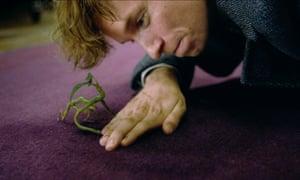Eddie Redmayne returns as Newt Scamander in Fantastic Beasts: The Crimes of Grindelwald.