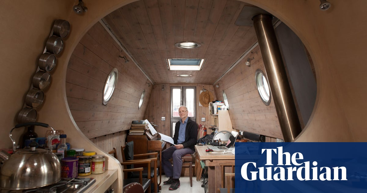 Go with the flow … inside houseboats on the river Thames