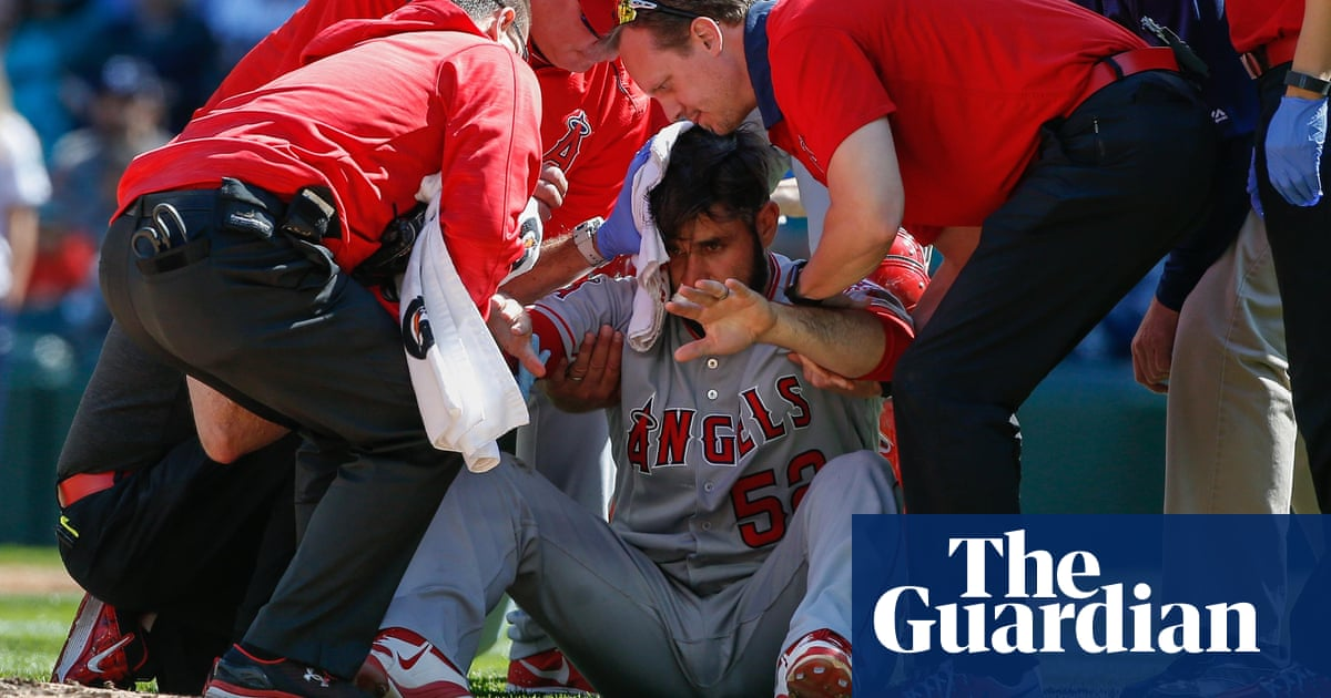 a58eb0a18 Why pitchers won't wear helmets despite Shoemaker's 105mph liner to the head