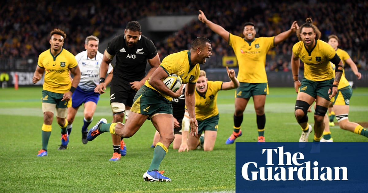Wallabies stick to winning formula as All Blacks axe stars for Bledisloe Cup decider