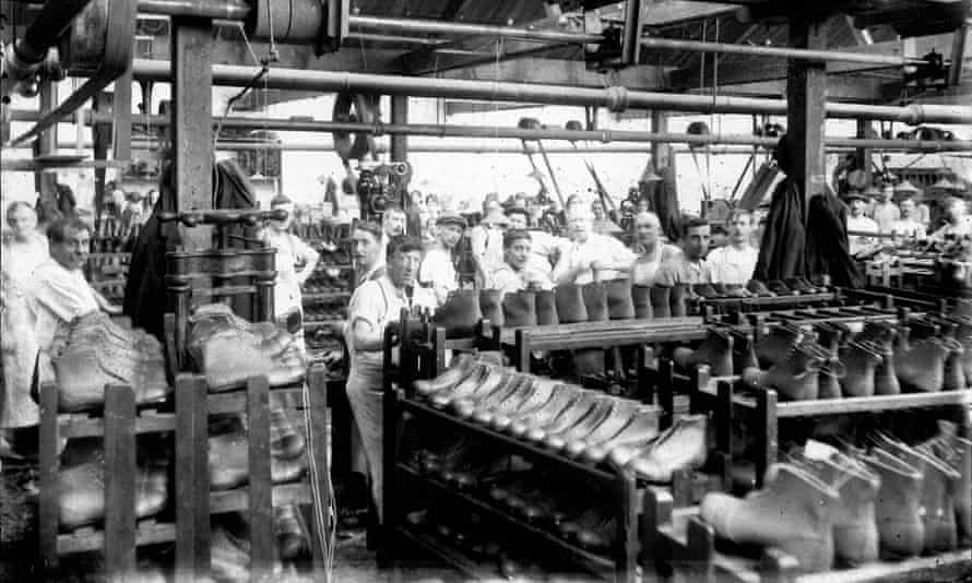 The Griggs family's Cobb's Lane factory in Northamptonshire, 1930s.