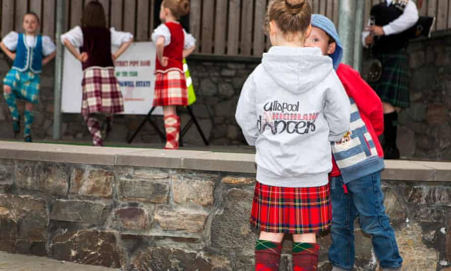 Young dancers strut their stuff in Ullapool.