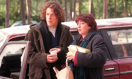 Alan Davies as Jonathan Creek and Caroline Quentin as Maddy Magellan.