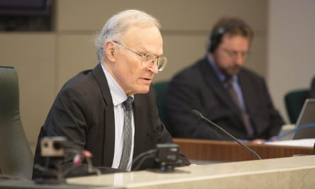 Commissioner Dyson Heydon during The Royal Commission into Trade Union Governance and Corruption in Brisbane, Monday, Aug 4, 2014 (AAP Image/Pool, Paul Harris) NO ARCHIVING, EDITORIAL USE ONLY #ozpics