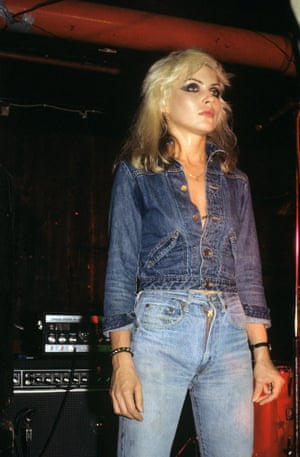 Debbie Harry in midblue jeans in That picture from 1978.