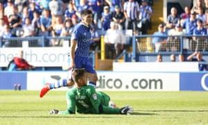 Sheffield Wednesday's Fernando Forestieri puts the winning goal past Aston Villa's Pierluigi Gollini