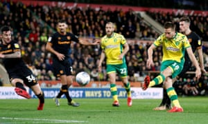 Marco Stiepermann scores Norwich City's first goal against Hull.