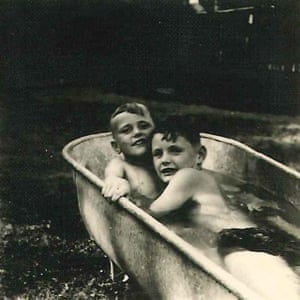 Barsky in the bathtub with his brother.