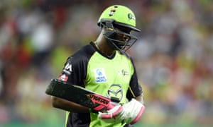 A banned bat hasn't been the only problem for Andre Russell in a slow start to the all-rounder's Big Bash campaign for Sydney Thunder.