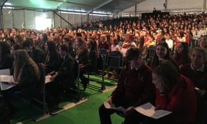 1,100 students attended two sessions. Each session focused on judging whether news is true and the reporting skills needed to produce a truthful and accurate story