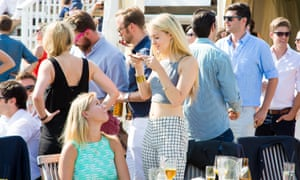 Wealthy singles mingle at the Inner Circle's summer polo cup.