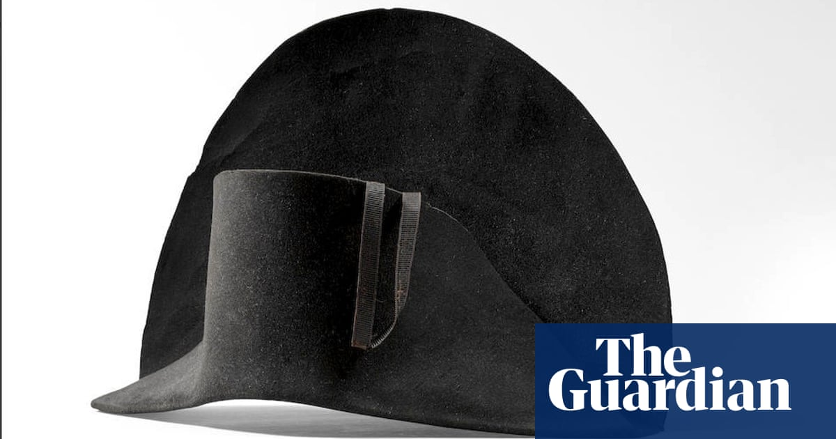 Newly discovered Napoleon hat with his DNA up for auction