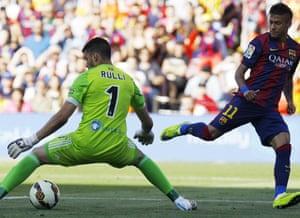 Real Sociedad's Argentinian goalkeeper Geronimo Rulli doing his job