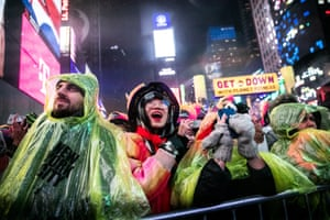 It may have been soggy, but it didn't stop thousands from packing New York's Times Square for the renowned New Year's Eve celebration in the US.