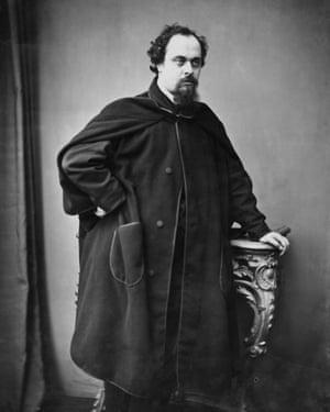 Dante Gabriel Rossetti in 1862.