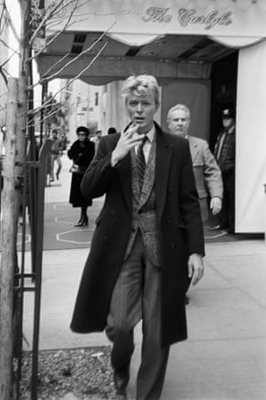 Street scene: David Bowie outside the Carlyle hotel in New York in the early 80s.