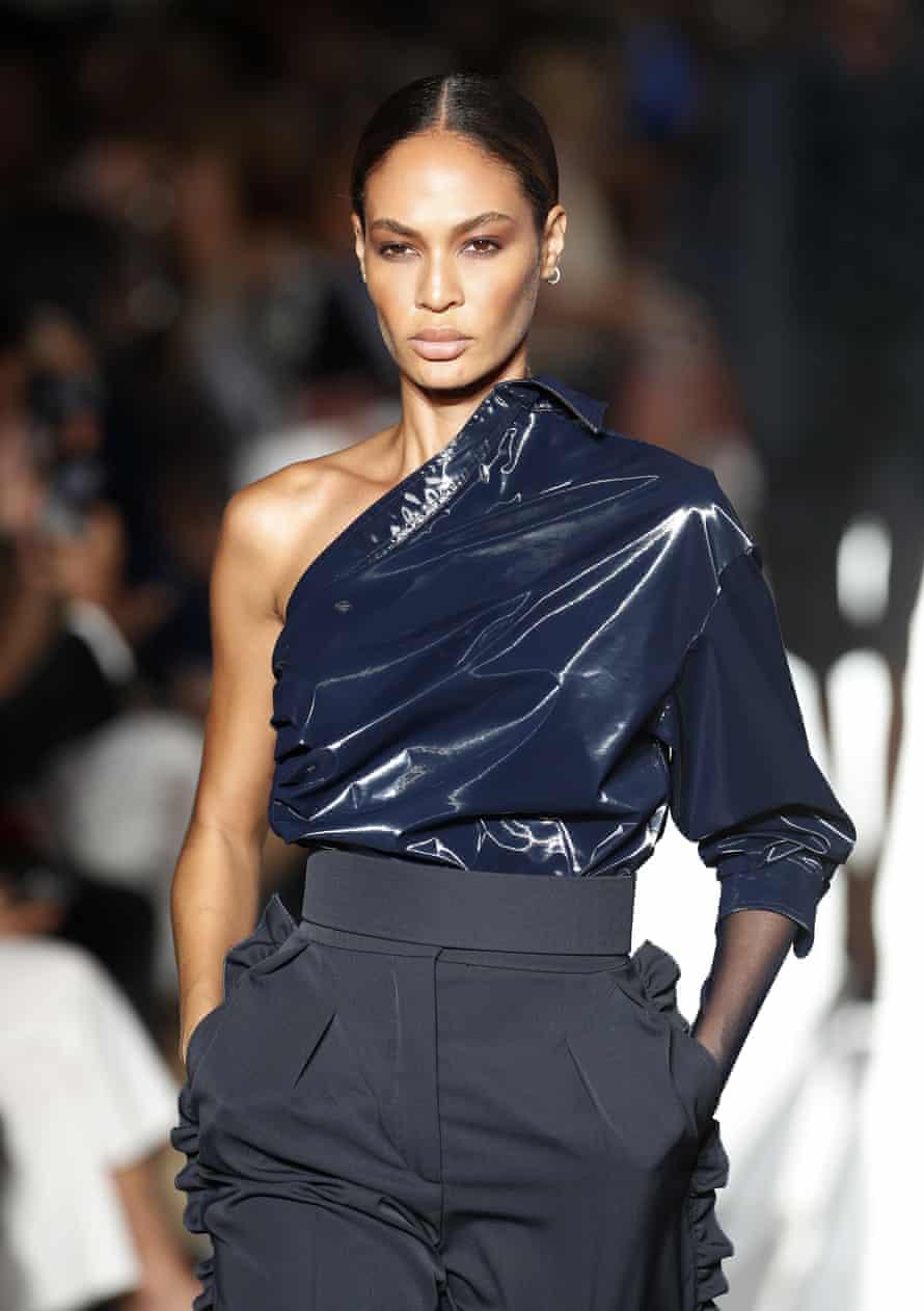 Model Joan Smalls.