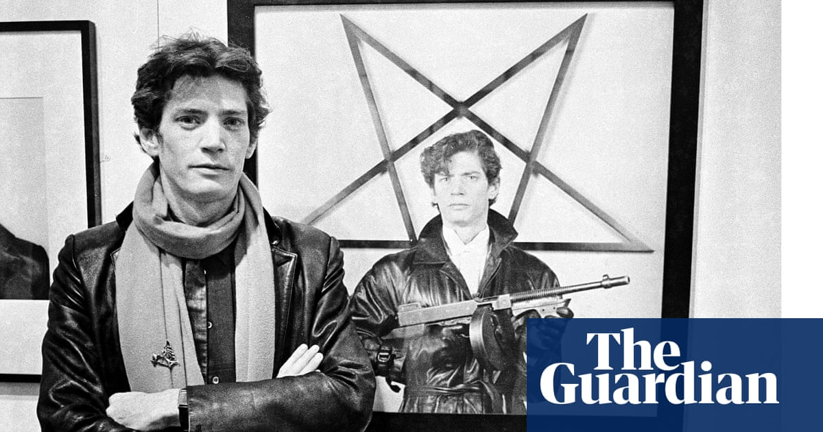 b367496a40da92 Whipping up a storm  how Robert Mapplethorpe shocked America