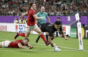 New Zealand's Rieko Ioane scores number five.