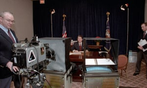 The ultimate role … President Reagan records his New Year's message to the Soviet people in 1985.